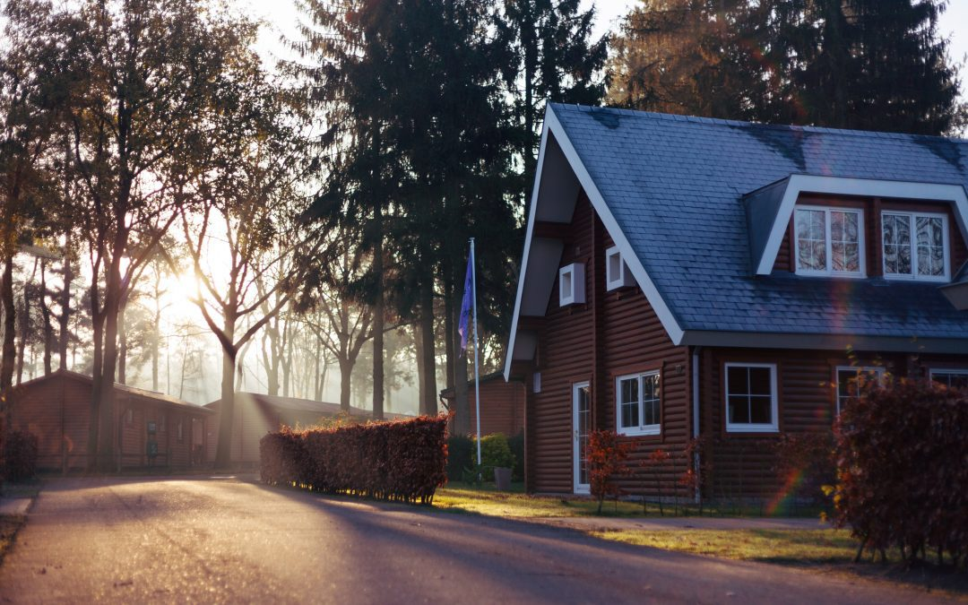 15 ideas how to: make money using small house flat or ground